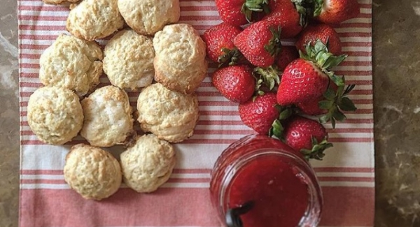 Maria's Italian Ricotta Cookies