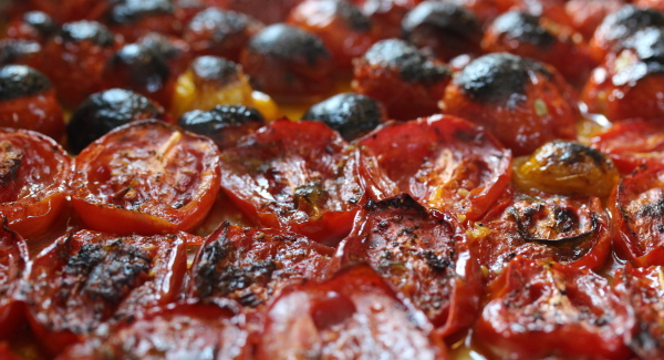 Oven Roasted Tomatoes Under Oil