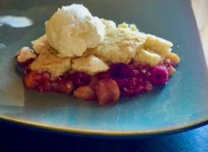 Gluten Free Peach and Raspberry Cobbler
