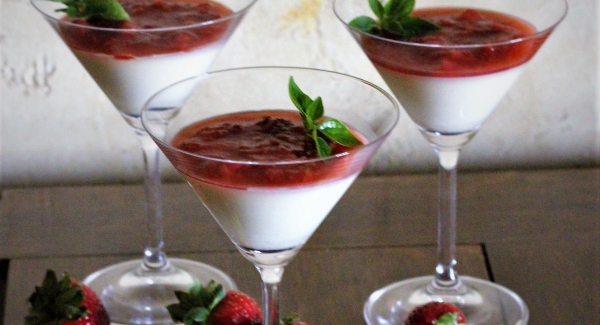 Panna Cotta: Why Italians Have Figured out How to Do Dinner Party Dessert Right