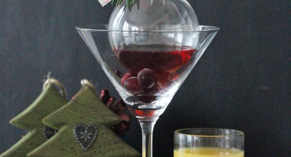 Two Ways to a Christmas Cocktail