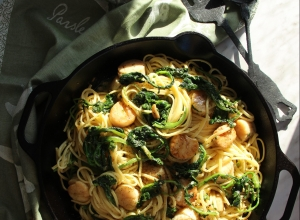 How to Cook this Popular Italian Green:  Linguini with Garlic Rapini and Seared Scallops