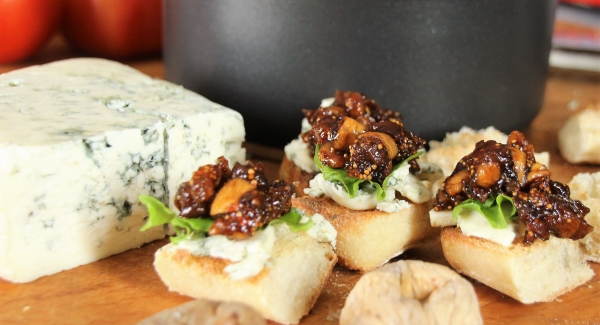 Balsamic Glazed Dried Fig and Blue Cheese Crostini
