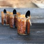 Meal-in-a-Jar: Cornbread Topped Chili Mason Jars