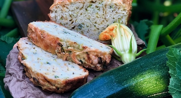 Cheesy Savoury Zucchini Quick Bread