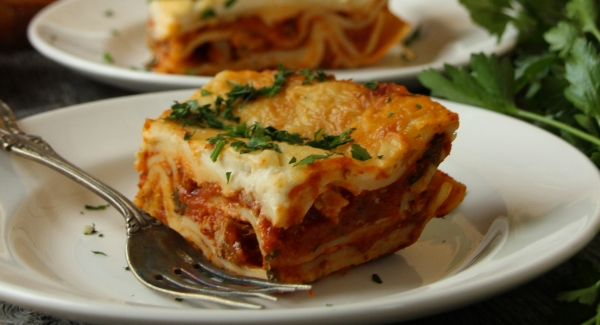 A Step by Step Guide to Making Authentic Italian Lasagna