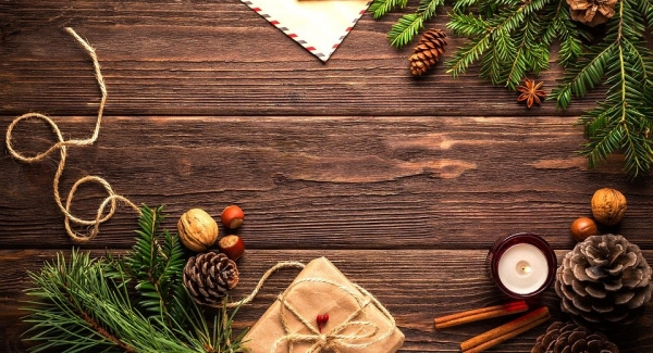 How to Have an Amazing 2020 Holiday Season with a Guide to Shopping Local and DIY gifts!